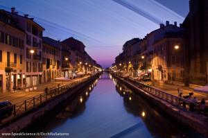 Una vista dei Navigli di Milano, se la Terra avesse gli anelli come Saturno. Una creazione SpeakScience per OcchiSuSaturno 2015