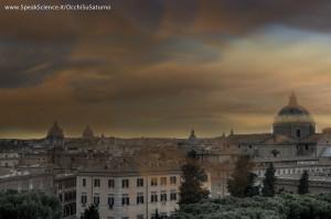 Una vista dei tetti di Roma, se la Terra avesse una atmosfera densa come quella di Titano, la luna di Saturno. Una creazione SpeakScience per OcchiSuSaturno 2015